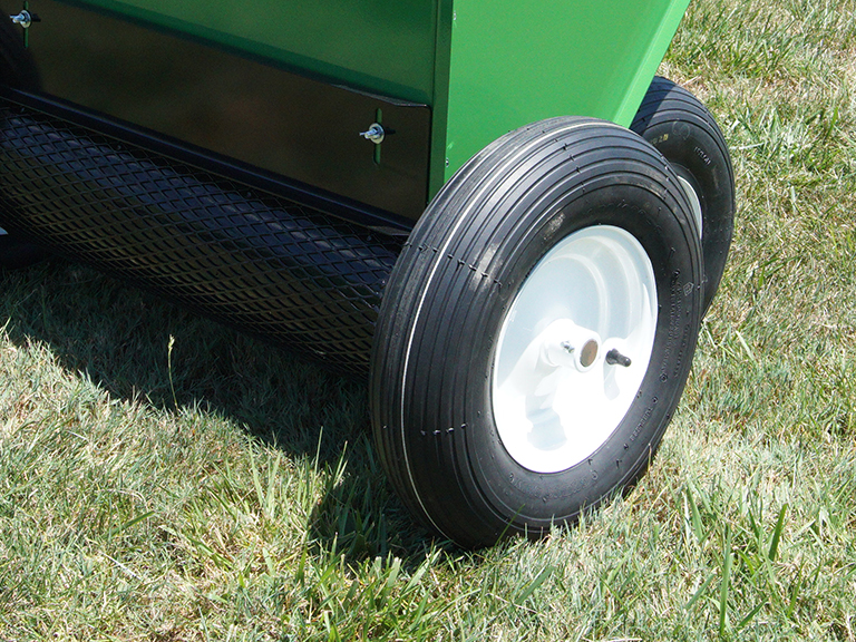 earth and turf features forward drive wheels